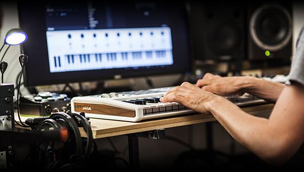 Working with an Arturia Keylab MKII