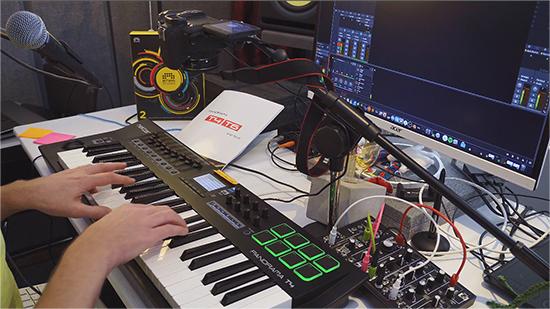 Nektar Panorama T4 Best Bitwig Controller Keyboard