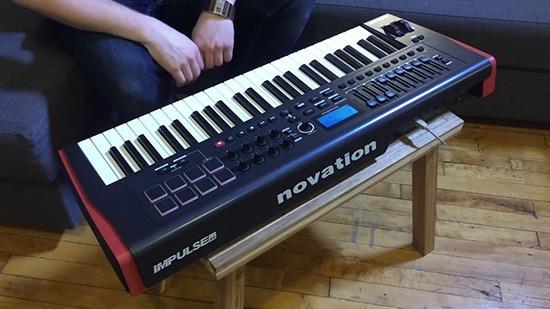 novation-impulse-49 in action