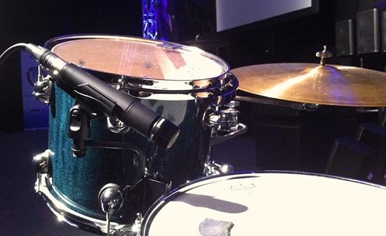 SM 57 Mic Recording Snare Drum