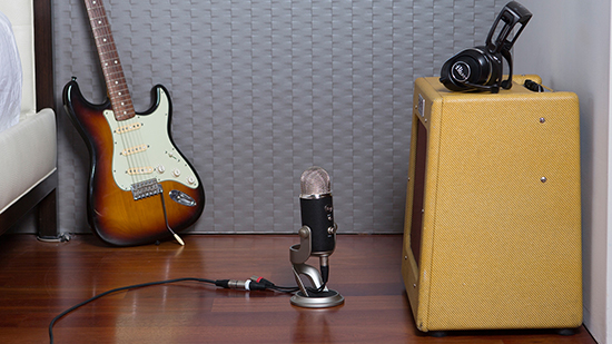 Yeti Pro Mic Recording Guitar Amp